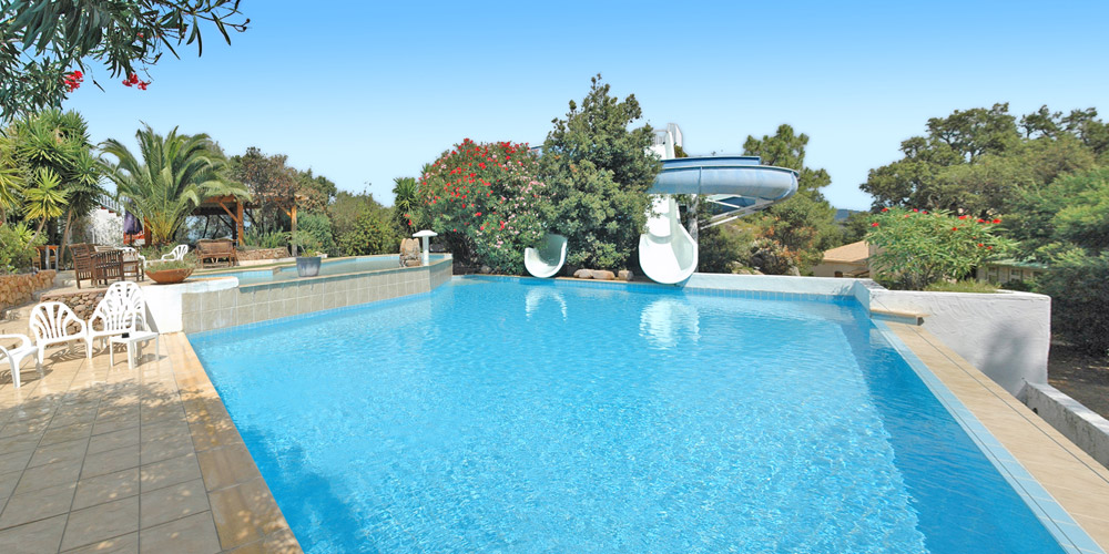 Porto vecchio camping pitrera village plein air vacances for Camping cirque de gavarnie avec piscine