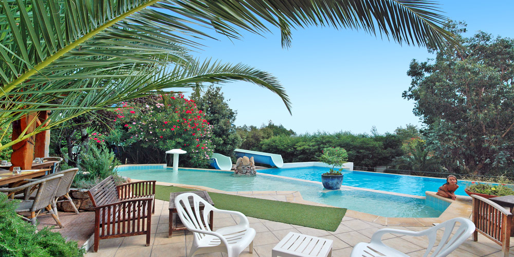 Porto vecchio camping pitrera village plein air vacances for Camping corse du sud avec piscine