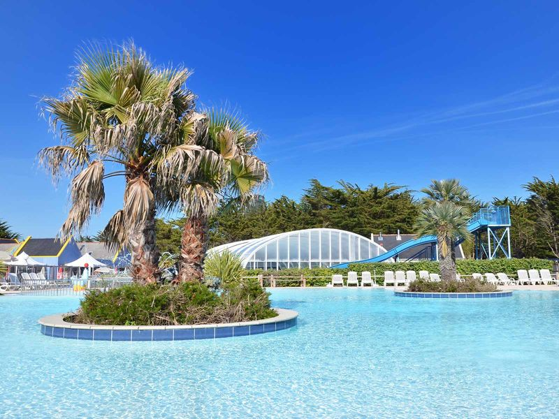 Le guilvinec yelloh village camping la plage plein air for Village vacances bretagne piscine couverte
