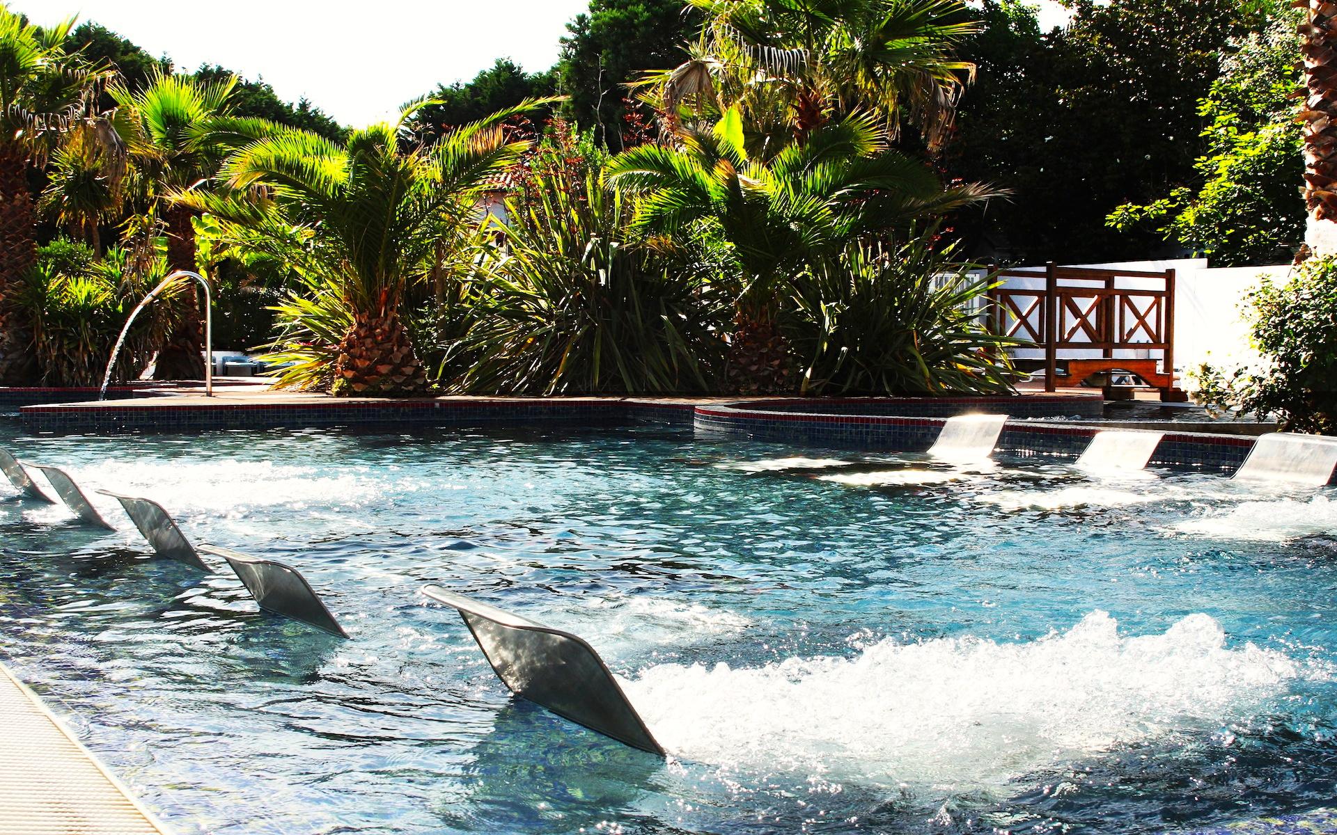 Bidart camping le ruisseau des pyr n es plein air vacances for Camping biarritz bord de mer avec piscine
