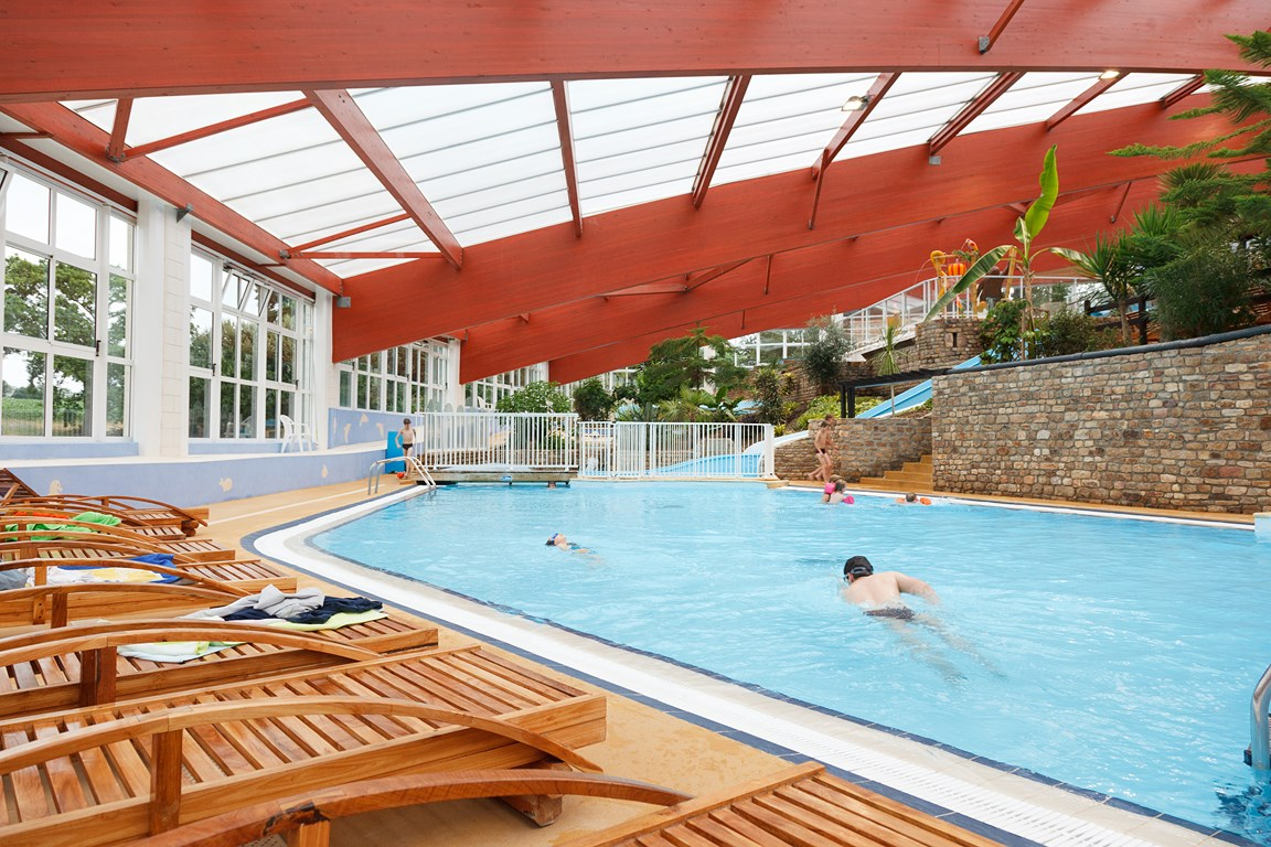 Saint pair sur mer ch teau de lez eaux plein air vacances for Piscine saintes